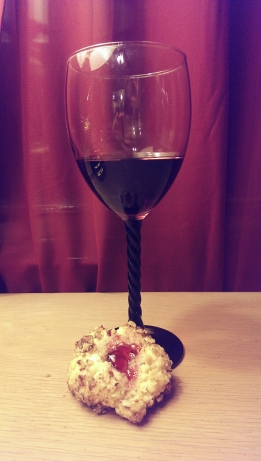 Wine Glass and Wine Cookie